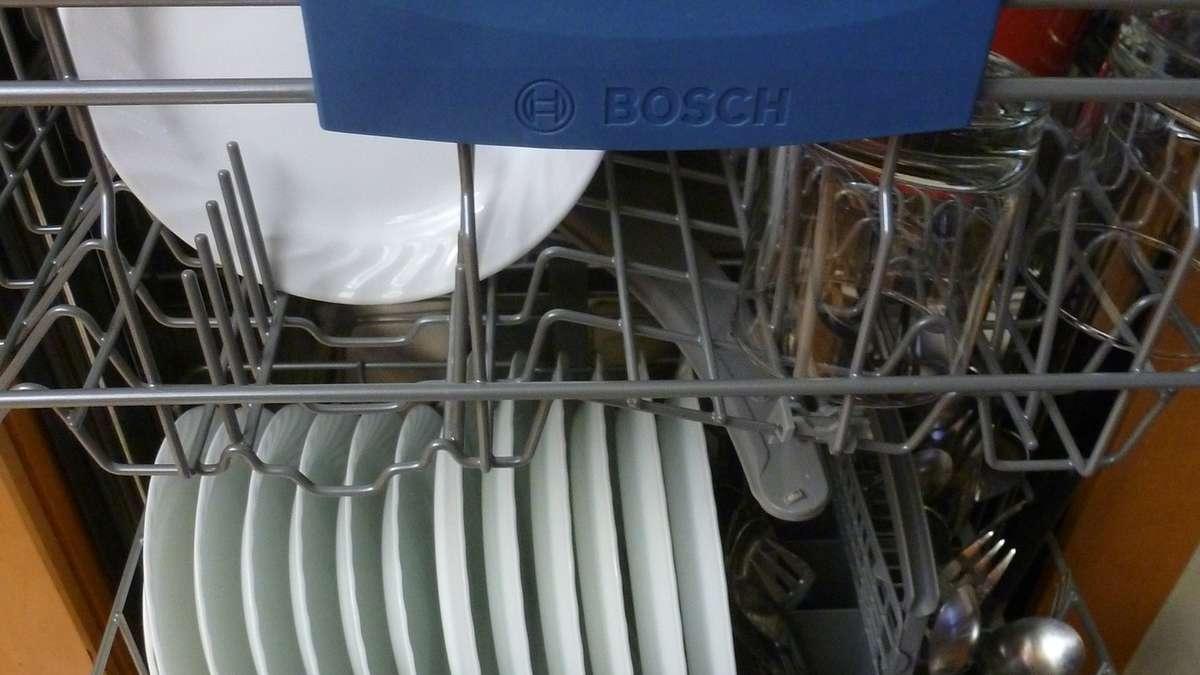 sp lmaschine reinigen diese hausmittel helfen garantiert wohnen. Black Bedroom Furniture Sets. Home Design Ideas