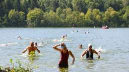 Mini-Triathlon am Steinsee bei Moosach