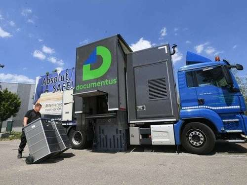Aktenvernichtung am Recyclinghof Petershausen